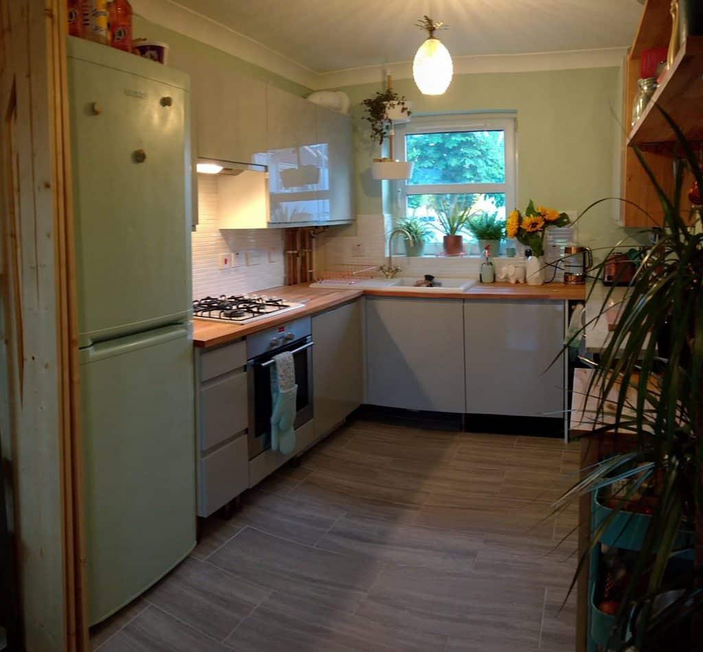 Budget Kitchen Refub 23