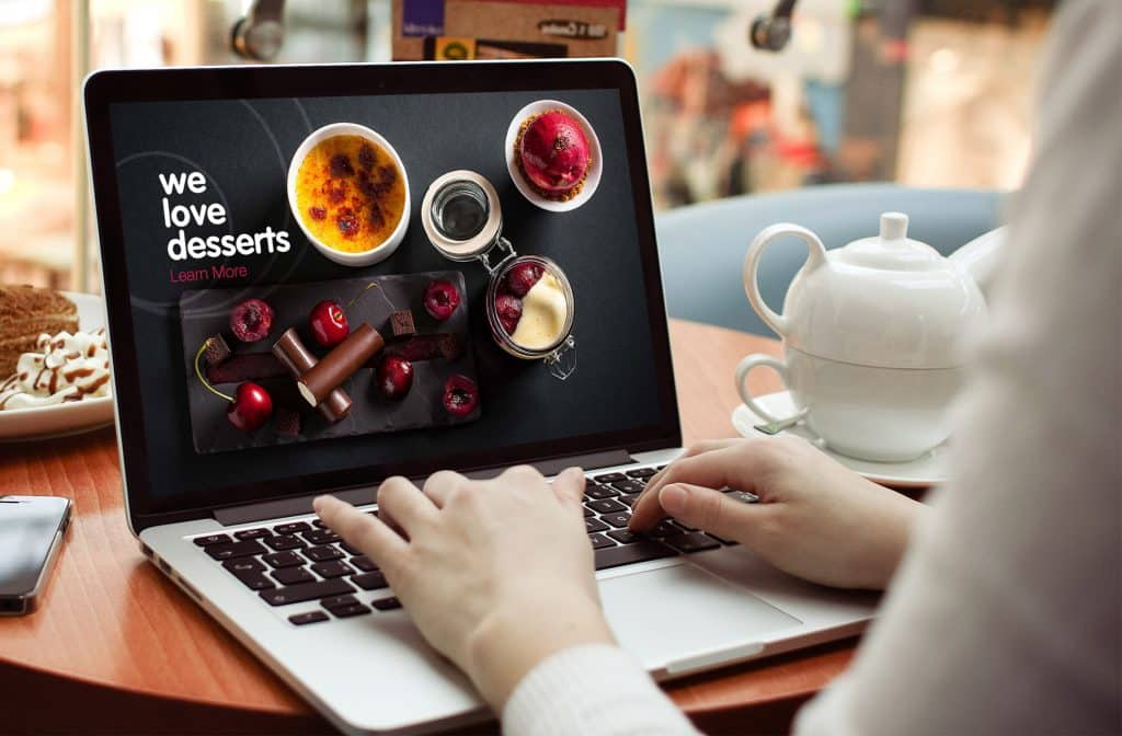 startup business website on laptop